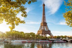 <p>Paris</p>